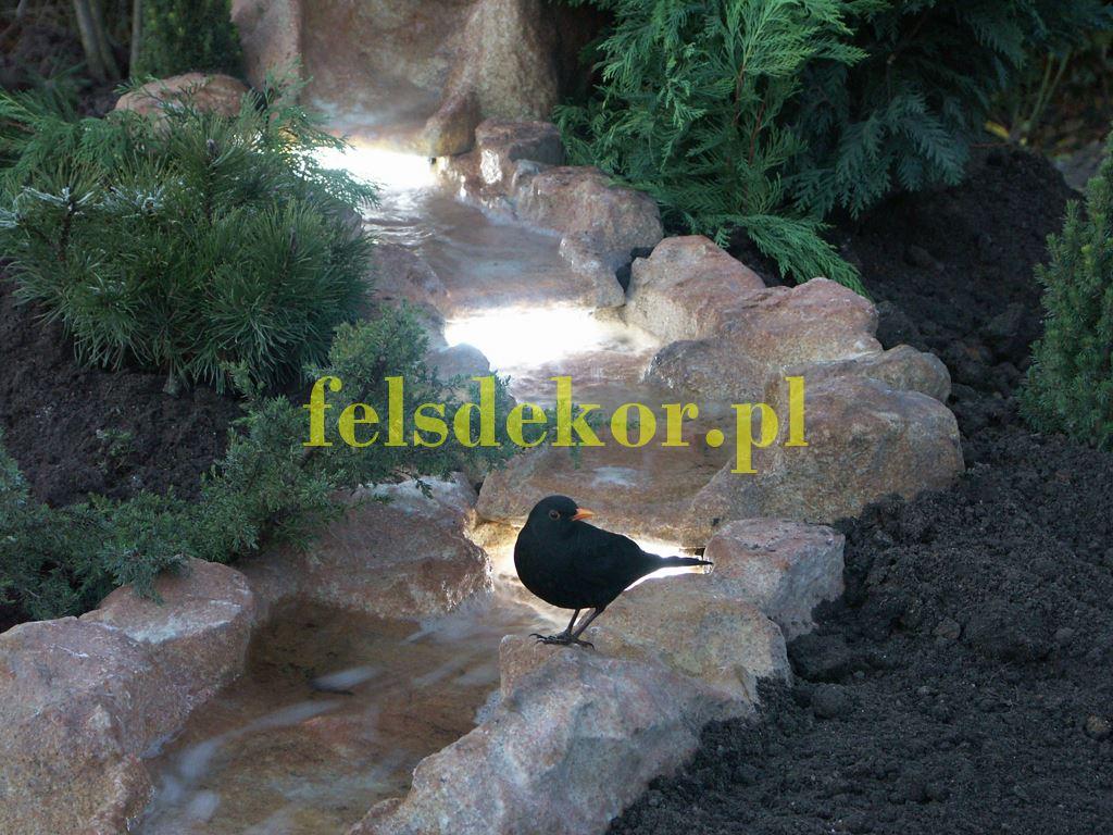 picture/felsdekor_kunstfelsen_bachlauf_strumien_BK90L_5.jpg