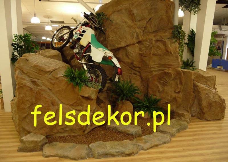 picture/felsdekor_sztuczne_skaly_kunstfelsen_prezentacja_motocykle_1.jpg