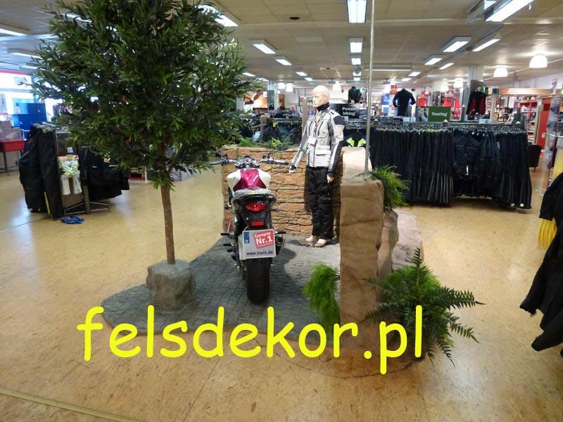 picture/felsdekor_sztuczne_skaly_kunstfelsen_prezentacja_motocykle_3.jpg