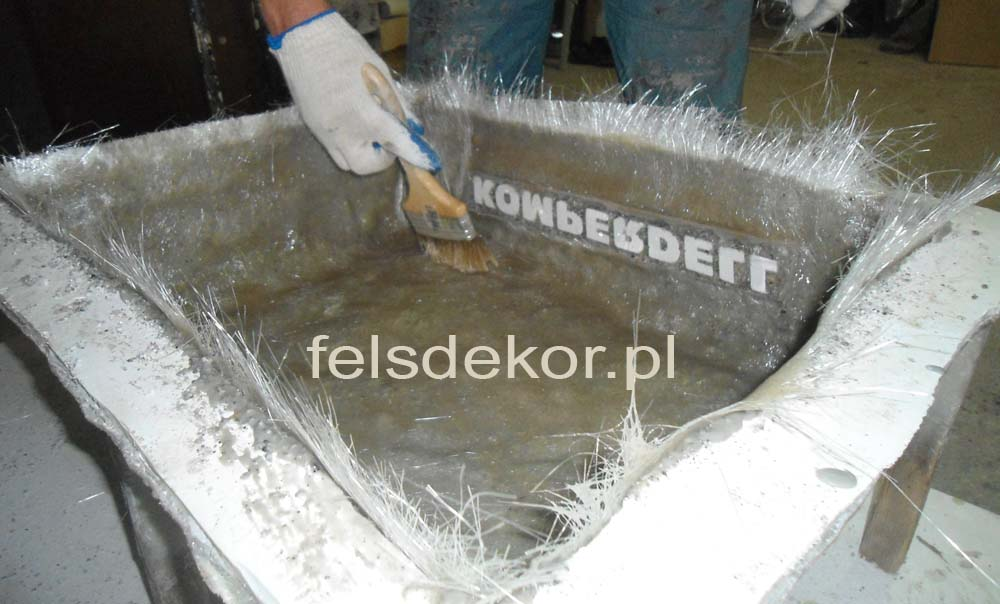 picture/komperdell_felsdekor_ski_stock_stein_kunstfelsen_sztuczne_skaly_9.jpg
